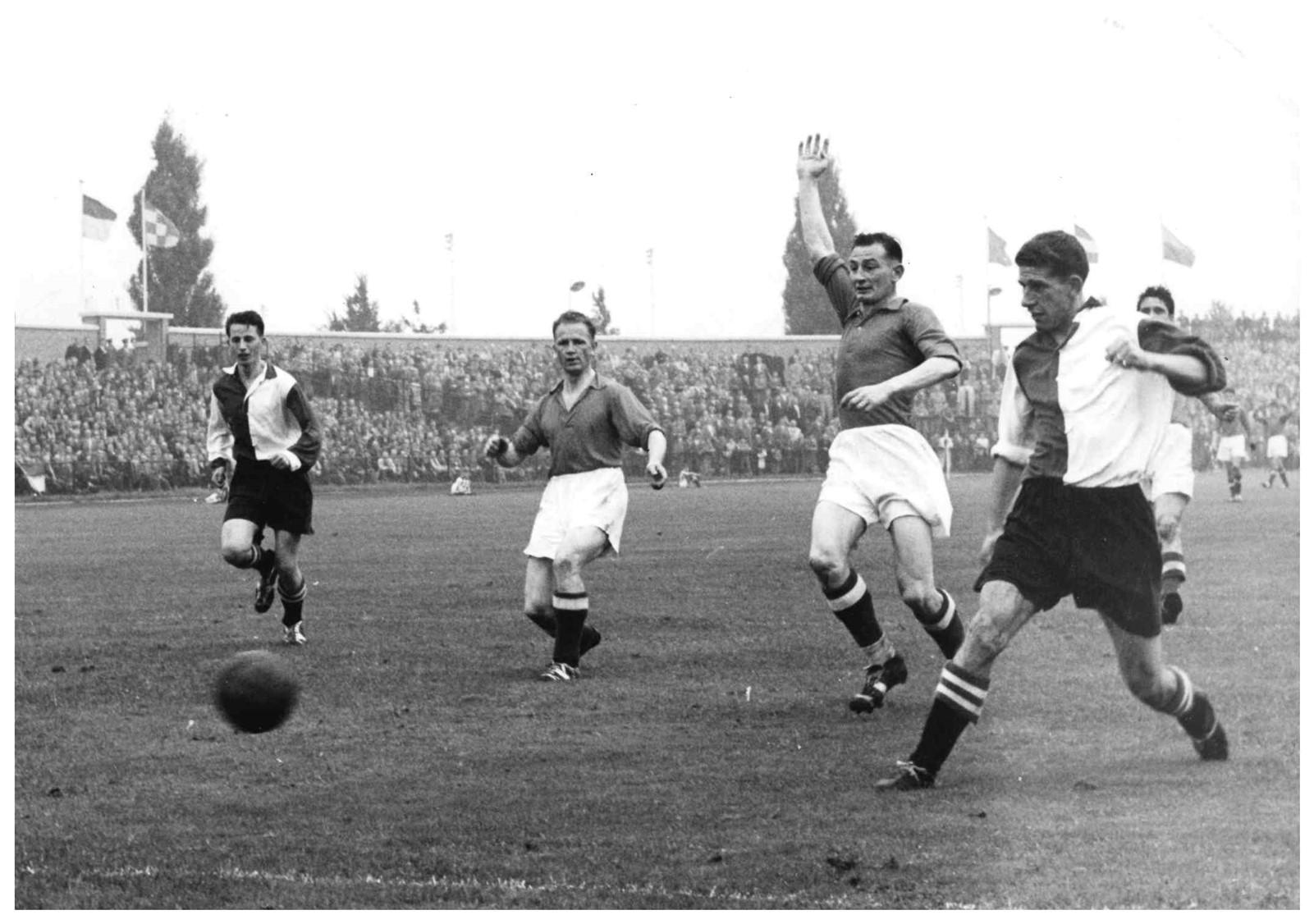 #7 - Na 65 jaar weer Willem II – Feyenoord als openingswedstrijd van het Eredivisie seizoen