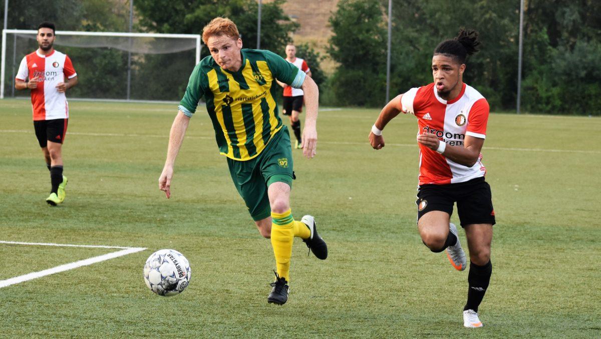 SC Feyenoord wint eerste duel Smitshoek-toernooi met 3-0
